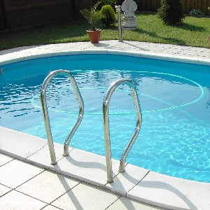 Stalen wand zwembad bouw zelf je zwembad for Bouw zelf je zwembad