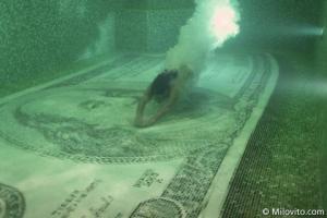 zwemmen-in-geld