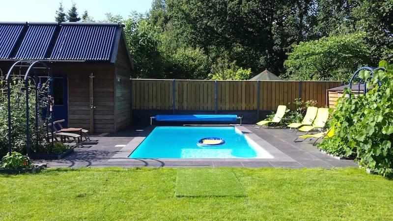 Verwarmd zwembad met heatpipes