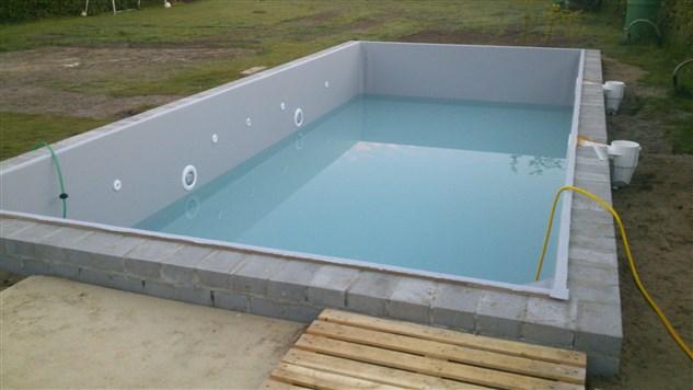 Nieuw zwembad in zonhoven belgi bouw zelf je zwembad for Bouw zelf je zwembad